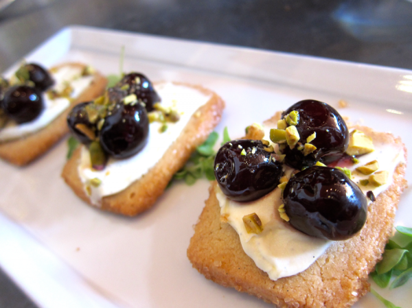 Foody Field Trips_Los Angeles_Food Tour_Fig and Olive_Melrose_Dessert Crostini